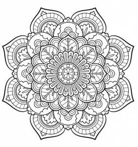 Colorear Mandalas es una técnica de meditación muy recomendada 6